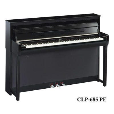 Yamaha CLP-685 PE in polished Ebony